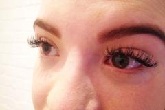 eyelashExtensions4